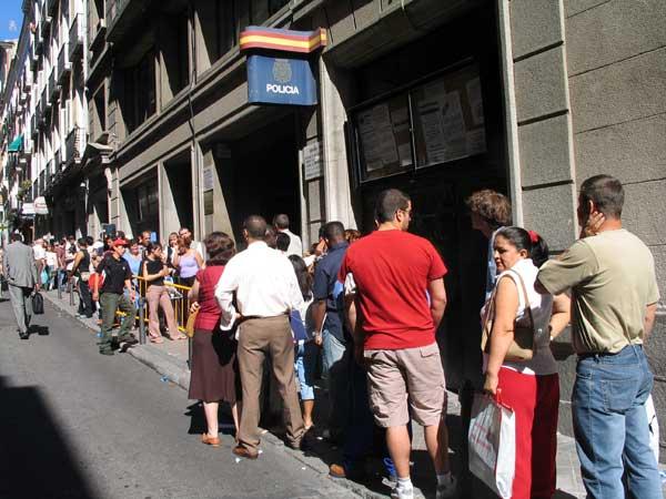 Oficinas de extranjer a en el principado de asturias for Oficina de extranjeria aluche