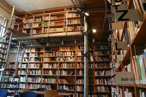 Torrej n de ardoz abre su primera biblioteca rumana - Libreria torrejon de ardoz ...