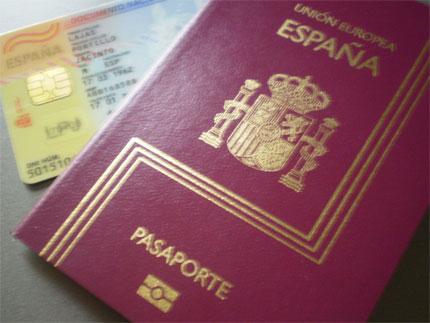 Nacionalidad española. Dni y pasaporte español