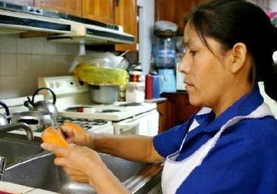 Normas laborales para proteger a trabajadores domésticos en el mundo