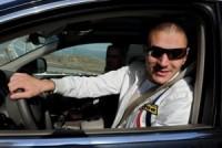 benzema conduce a mas de 200 km por hora