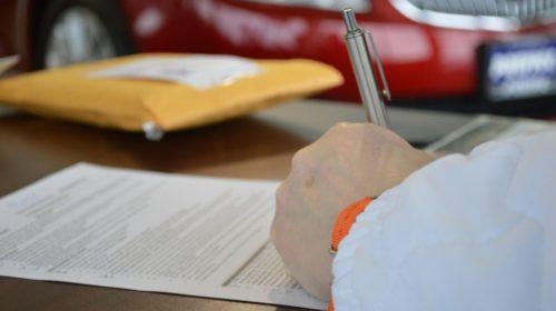 Contrato de trabajo y nacionalidad española