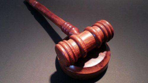 Se deniega visado de régimen comunitario a un hijo mayor de 21 años
