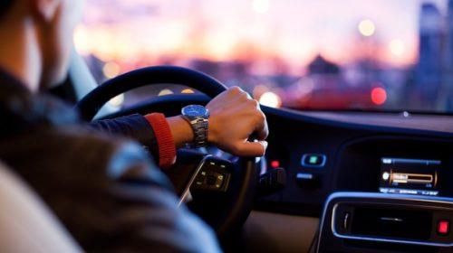 ¿Cómo puedo canjear el permiso de conducir de Marruecos en España?