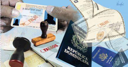 documentación falsa a extranjeros