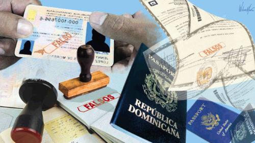 Varias personas detenidas por proporcionar documentación falsa a extranjeros