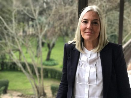 Migrar y ser mujer en España