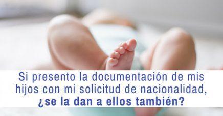 Si presento la documentación de mis hijos con mi solicitud de nacionalidad, ¿se la dan a ellos también?