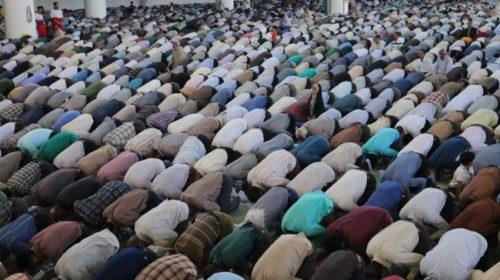 Concejal ultraderechista plantea construir mezquita para atraer inmigrantes
