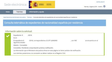 Resolución de Concesión de Nacionalidad Española de Leandro