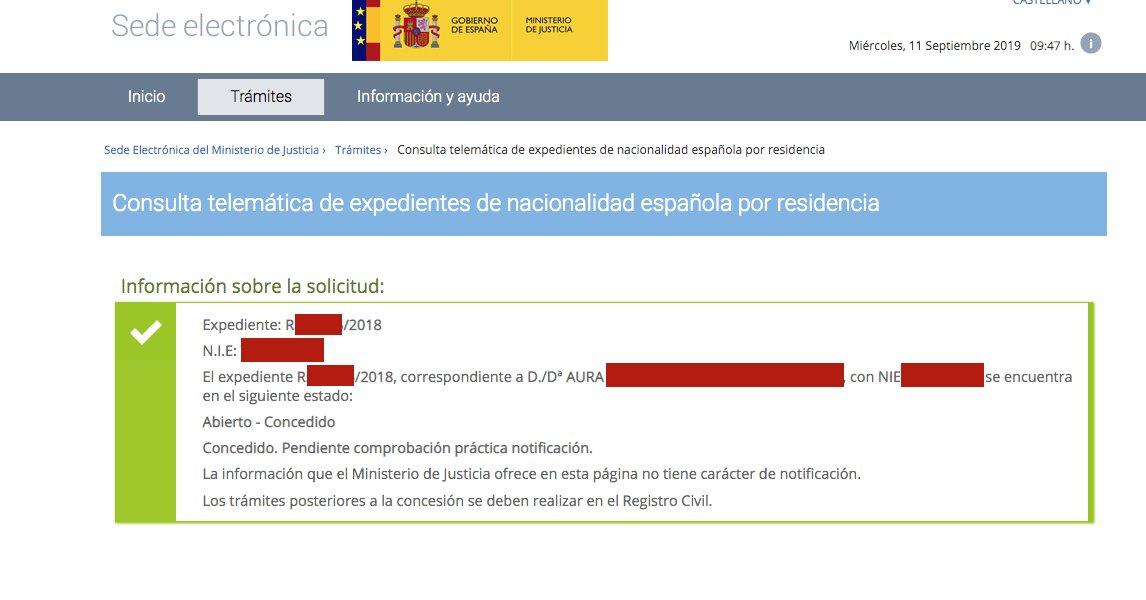Resolución de Concesión de Nacionalidad Española de Aura