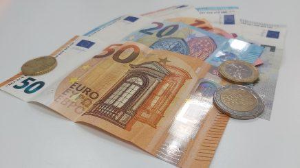 ¿Es posible solicitar un préstamo en España siendo inmigrante?