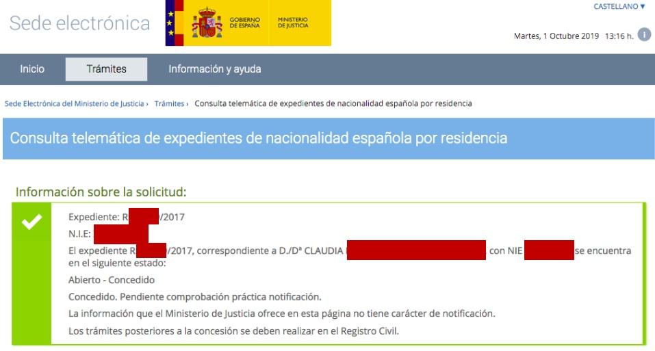 Resolución de Concesión de Nacionalidad de Claudia